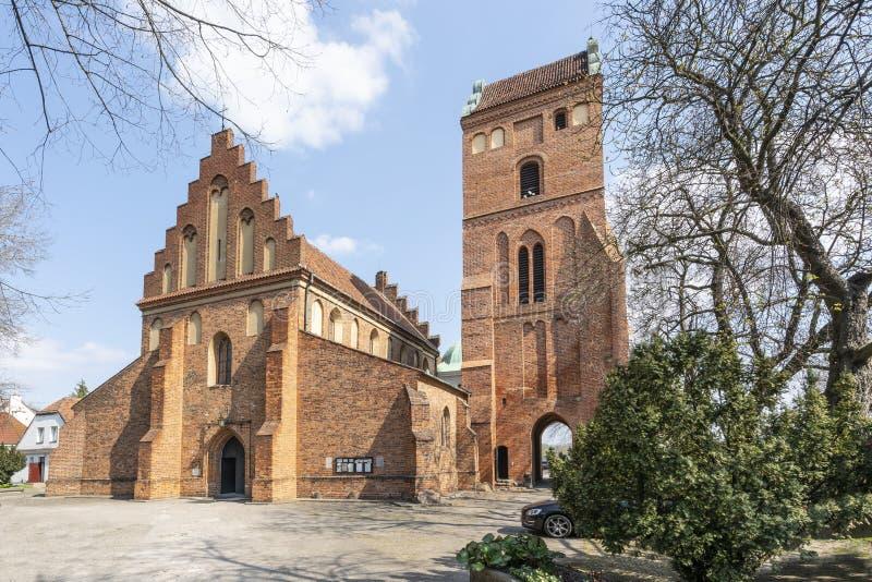 保佑的圣母玛丽亚的圣母往见堂在华沙 免版税库存图片