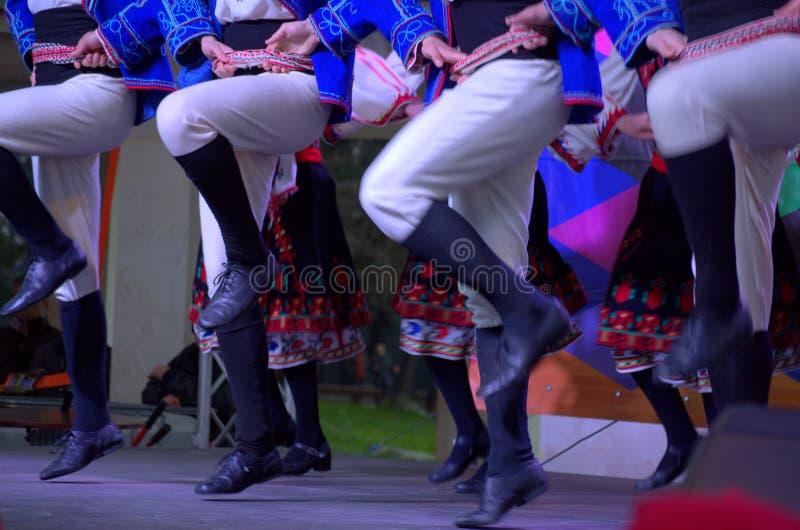 保加利亚民间传说舞蹈 免版税库存照片