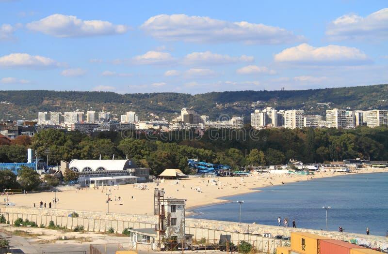 保加利亚:东瓦尔纳都市风景  免版税库存照片