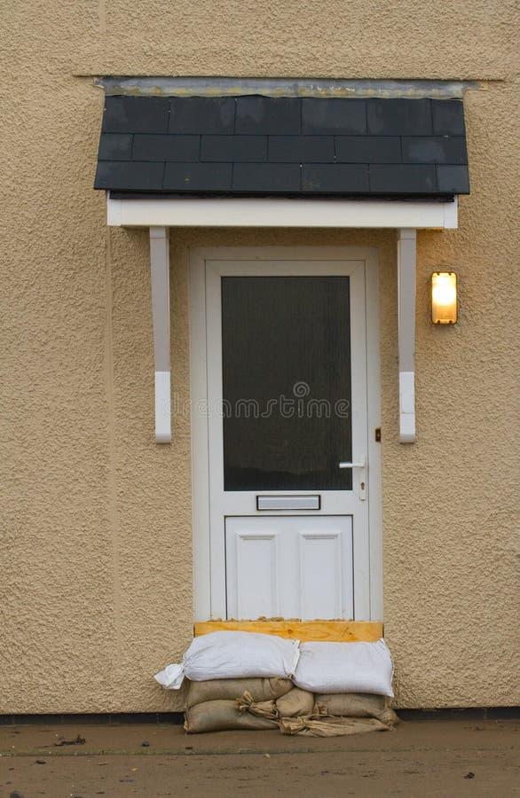 保护房子的沙子袋子 免版税库存图片