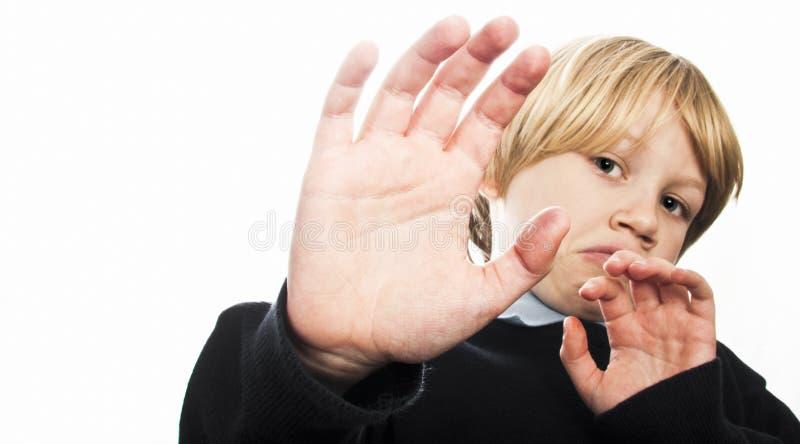保护自己的害怕的孩子 库存图片