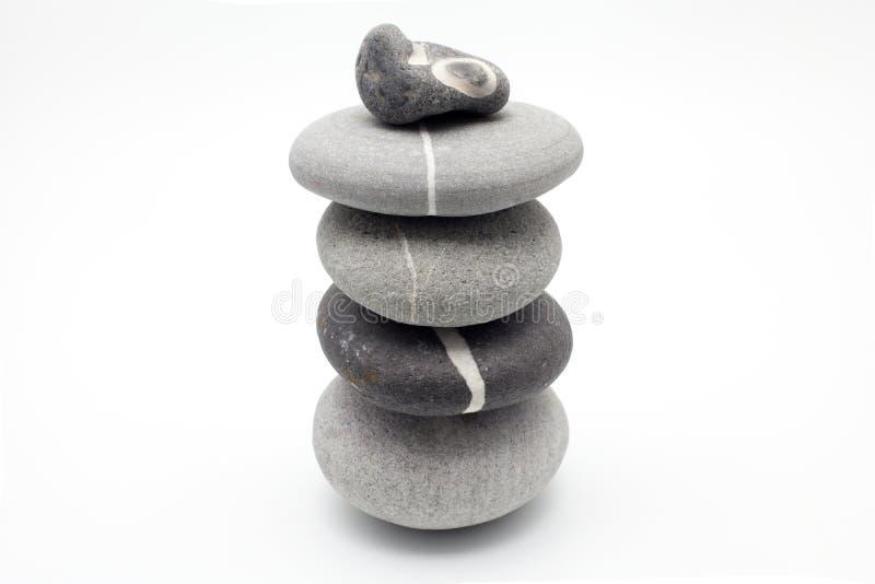 保持平衡的石头 库存图片