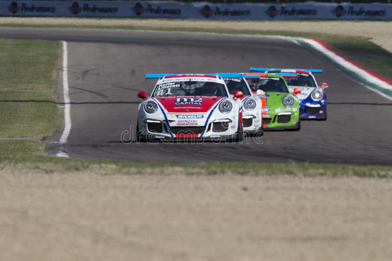 保时捷Carrera杯意大利小汽车赛 库存照片