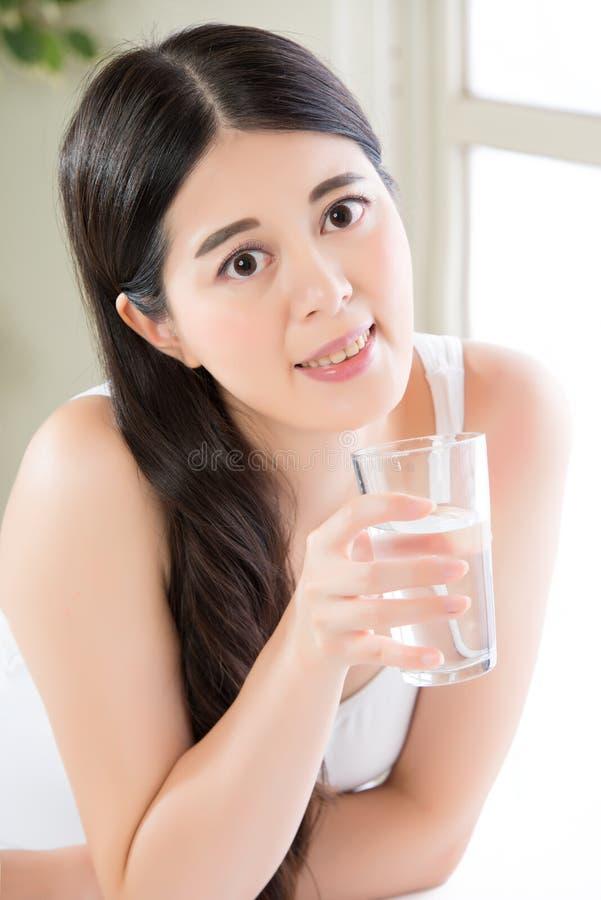 保留健康饮食对维护净水lif是重要 图库摄影