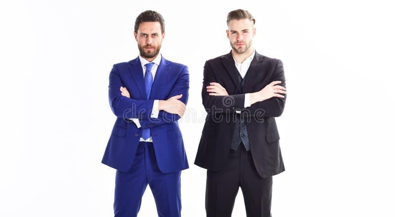 信任和技术支持 修造企业队 部门商业领袖  人商人确信正装立场 库存图片