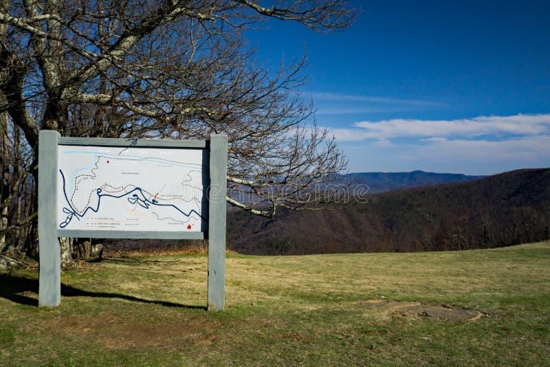 信息委员会位于岩石瘤,蓝岭山行车通道,弗吉尼亚,美国 图库摄影