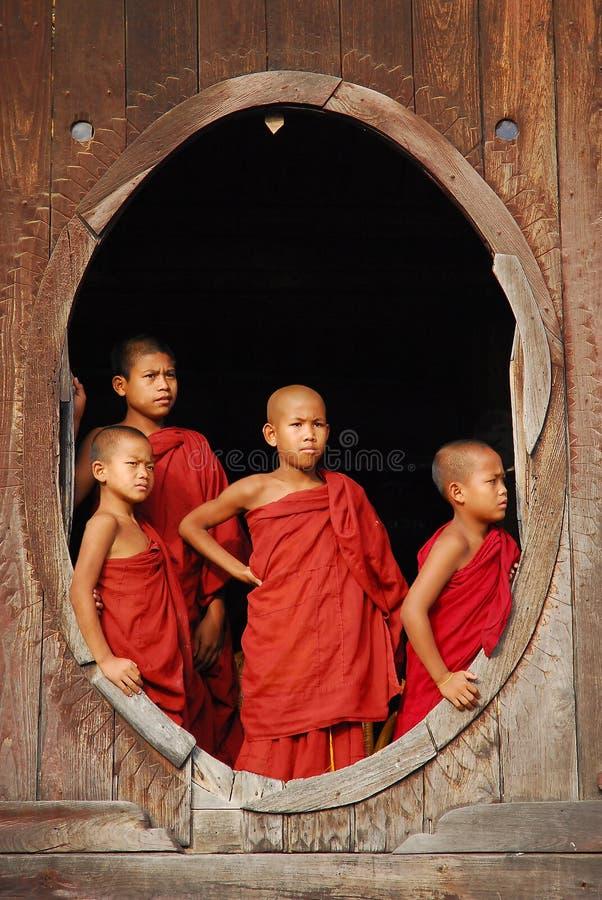 修士缅甸年轻人 免版税库存图片