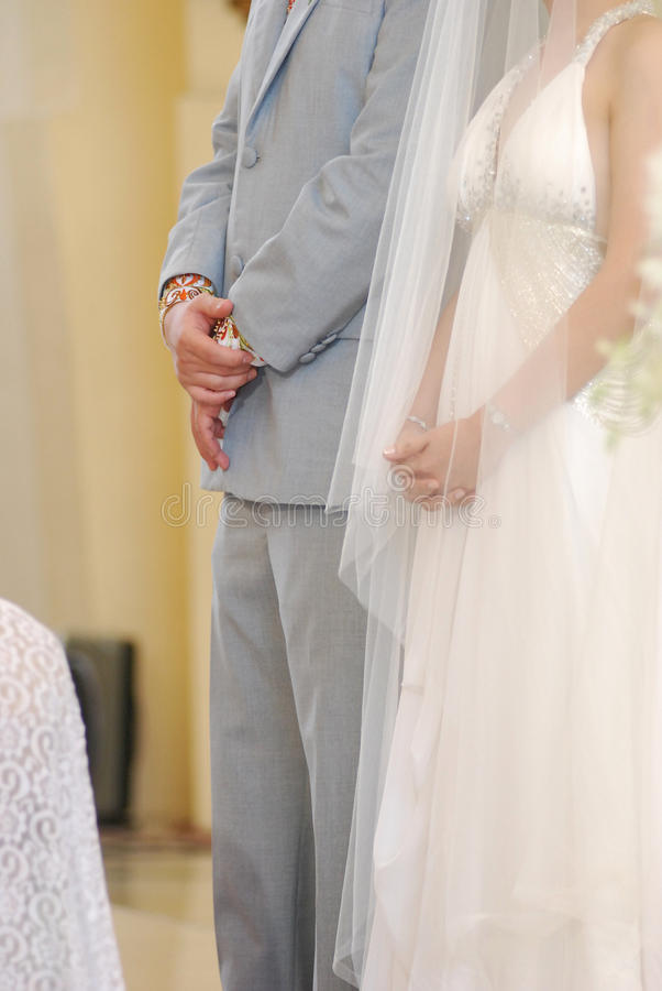修改教会夫妇婚礼 免版税库存照片