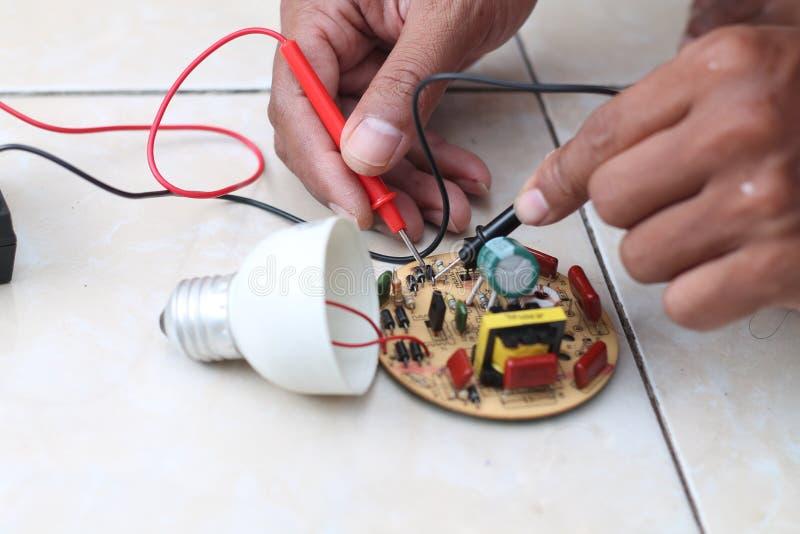 修理电子设施,版本13 免版税库存照片