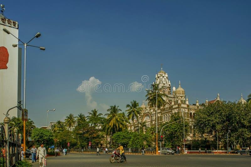 修造孟买,印度亚洲的教堂门驻地和西部铁路总部 图库摄影