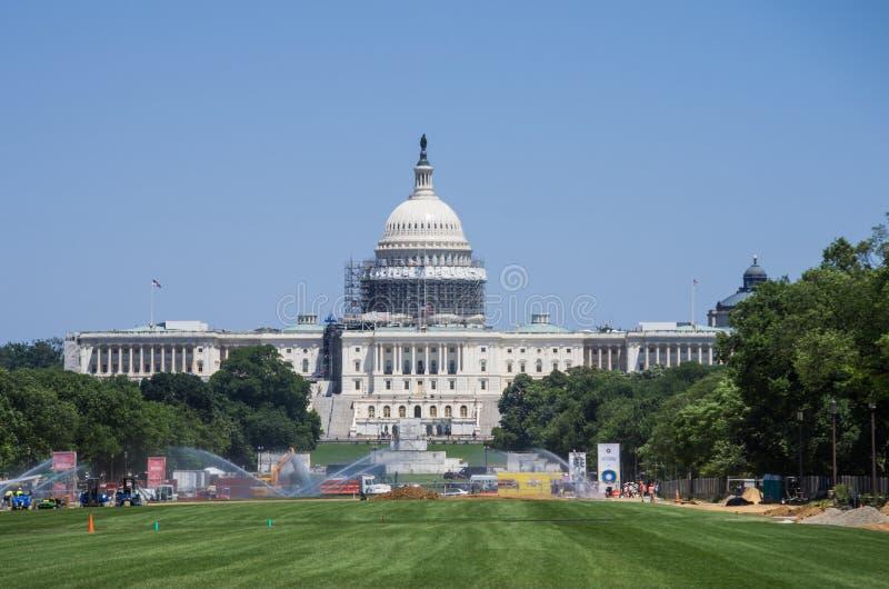 修造的国会大厦建设中 免版税库存照片