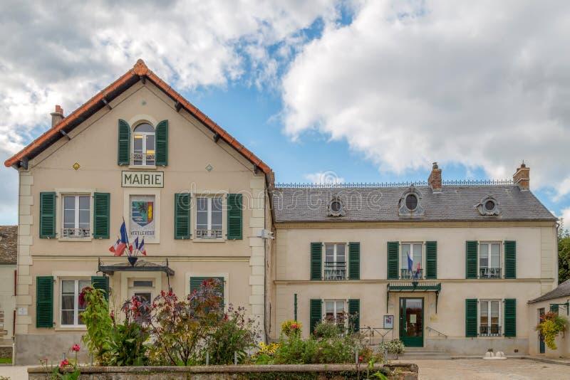 修造Vert le Petit,法国的城镇厅 库存图片