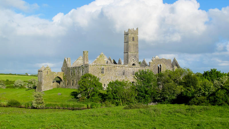 修道院clare县爱尔兰quin 库存照片