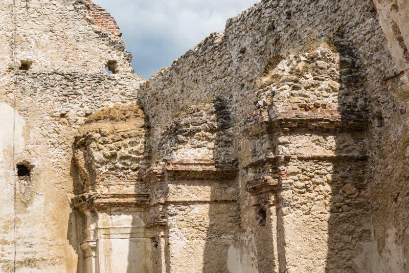 修道院Katarinka废墟在Dechtice上, Slov村庄的  免版税库存图片