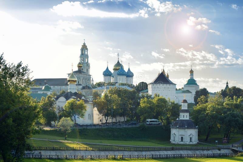 修道院posad俄国sergiev sergius st三位一体 莫斯科 免版税图库摄影