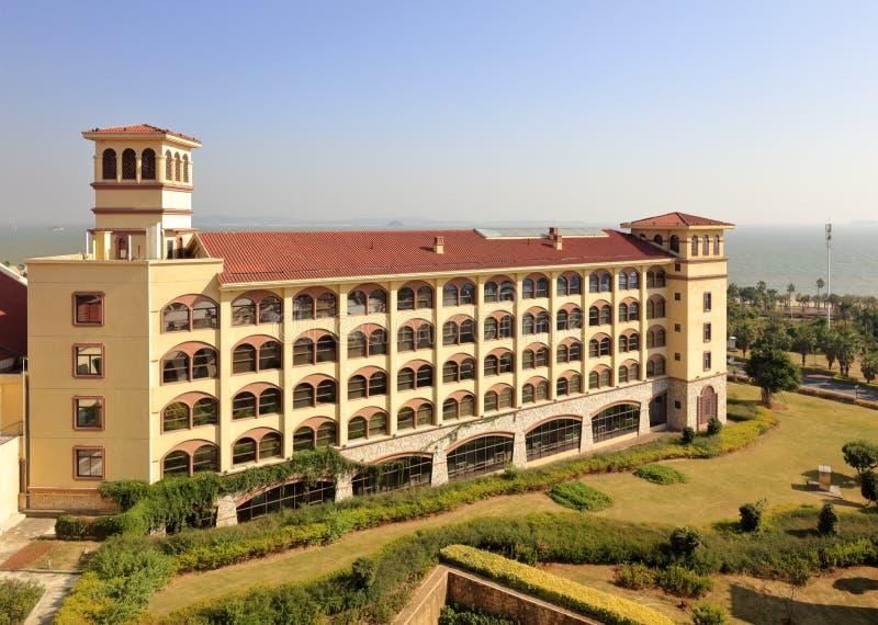俯视厦门维多利亚旅馆在海边,多孔黏土rgb 免版税库存照片