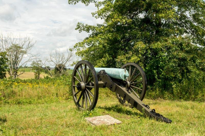 俯视小谷的历史的大炮火炮 库存照片