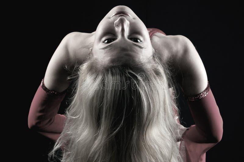 俱乐部舞蹈演员晚上 免版税库存图片