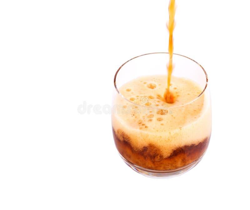倾吐的可乐饮料我 库存图片