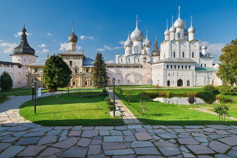 假定复活的大教堂和教会在罗斯托夫Kr 库存图片