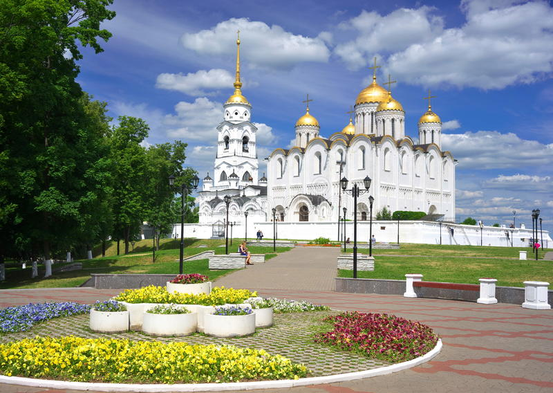 1158 1160年假定大教堂被修建的俄国夏天vladimir 免版税库存照片