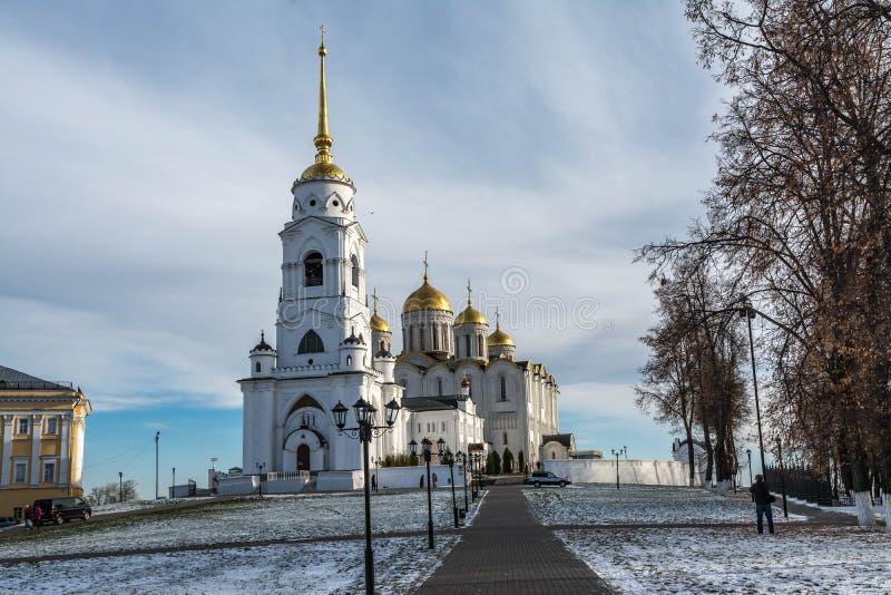 假定大教堂vladimir冬天 金黄环形俄国 图库摄影