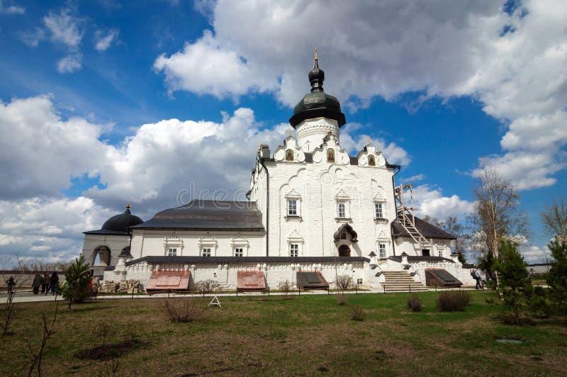 假定的白色石大教堂,Sviyazhsk 库存图片