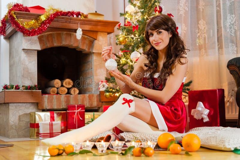 假日愉快的圣诞老人的女孩 免版税库存照片