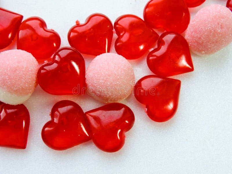 假日甜点、花、礼物、时刻的爱和幸福的恋人的仓促销售 库存照片