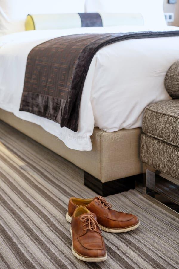 Download 假期在旅馆里 库存图片. 图片 包括有 旅馆, 节假日, 背包, bedaub, 放置, 休闲, 浏览, 旅行 - 59111221