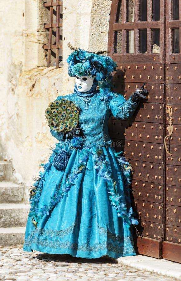 假装的人-阿讷西威尼斯式狂欢节2014年 免版税图库摄影