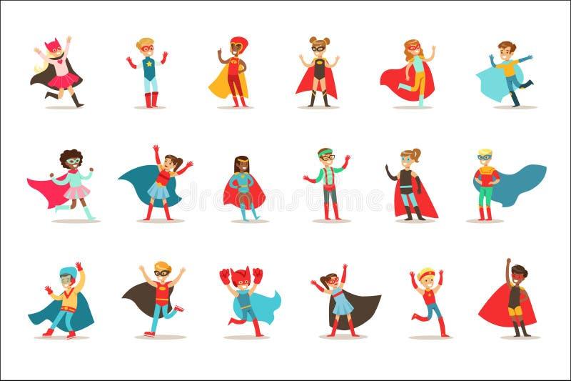 假装的孩子有在有海角的超级英雄服装穿戴的超级大国和面具被设置微笑的字符 皇族释放例证
