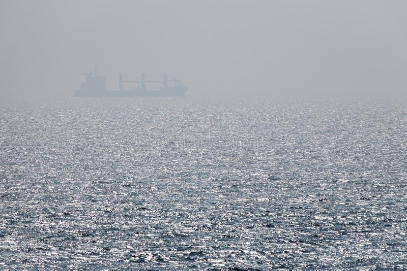 偏僻的货船 免版税库存照片