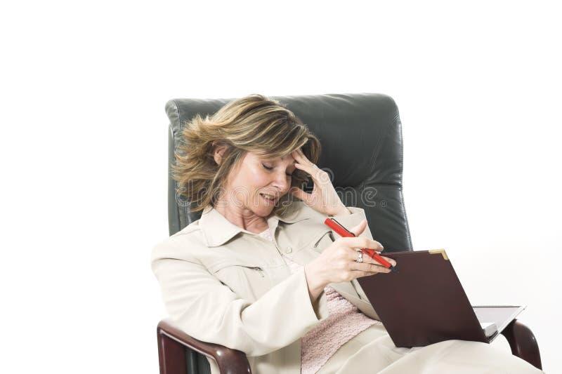偏头痛妇女 免版税库存图片
