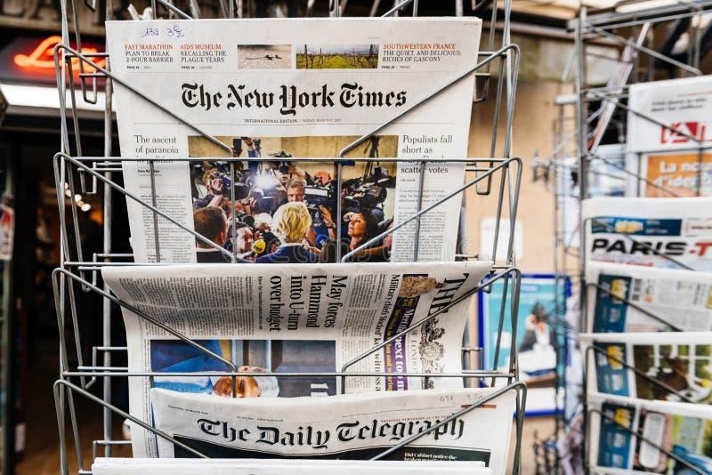 偏执狂上升在政治唐纳德・川普文章上 免版税库存图片