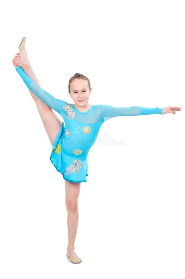做体操的逗人喜爱的女孩 库存照片