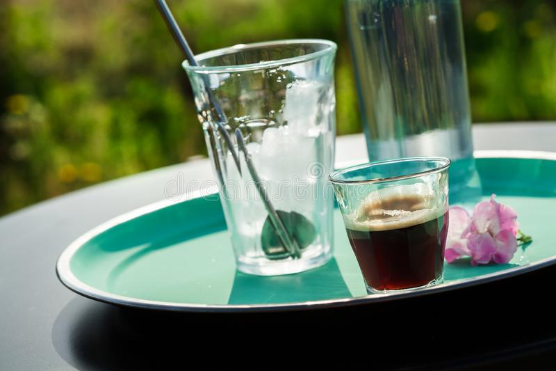 做咖啡补剂饮料 免版税库存照片