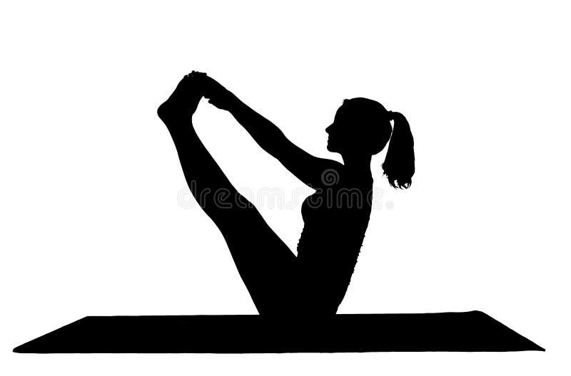 做在瑜伽类的美丽的妇女Navasana姿势 库存图片
