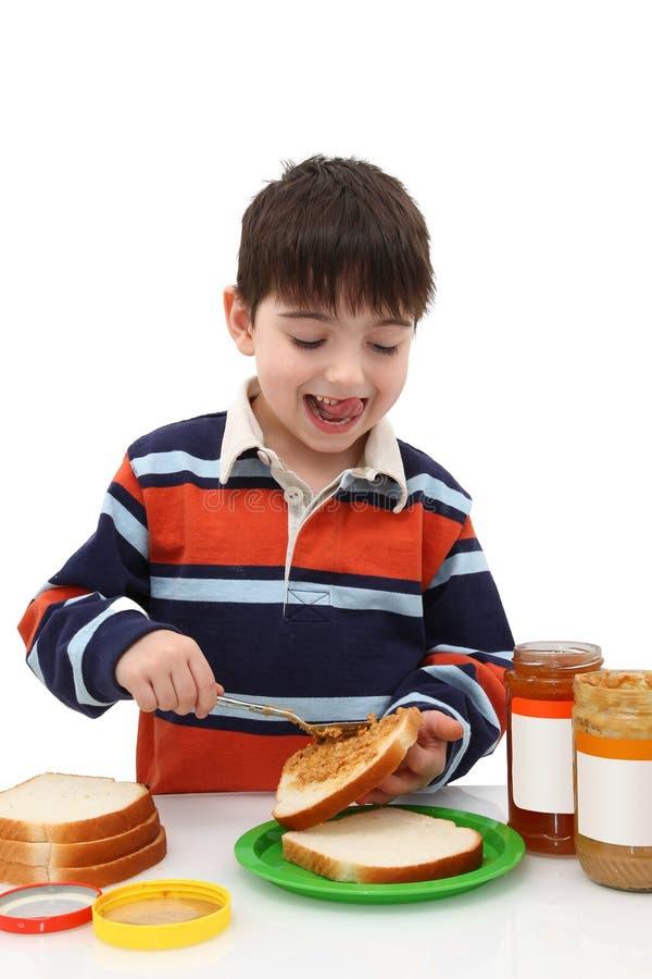 做花生三明治的黄油果冻 免版税图库摄影