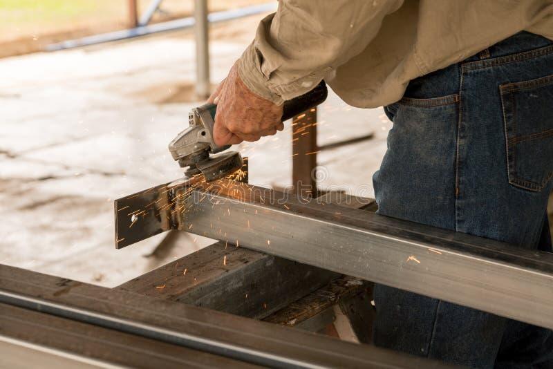 做钢树桩的建造者 库存图片