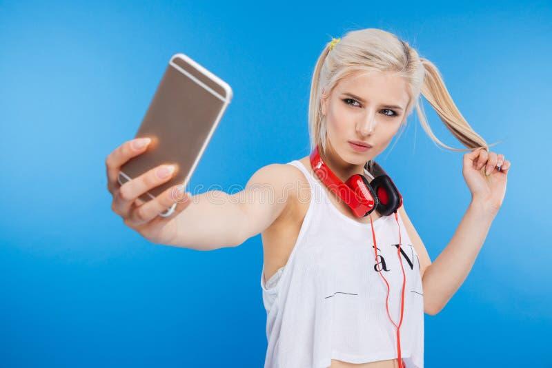 做selfie照片的女性少年 库存图片