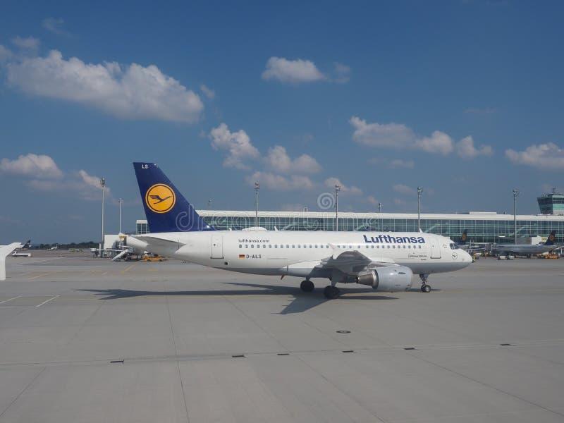 停在缅兴的汉莎空客A319 免版税库存图片
