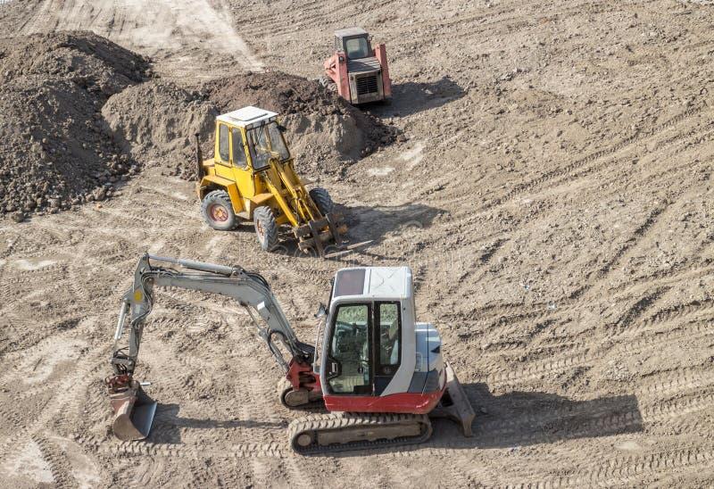 停放的挖掘机 免版税库存照片