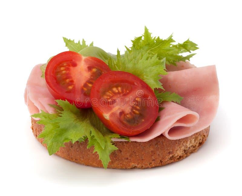 健康三明治用菜和熏制的火腿 免版税库存图片