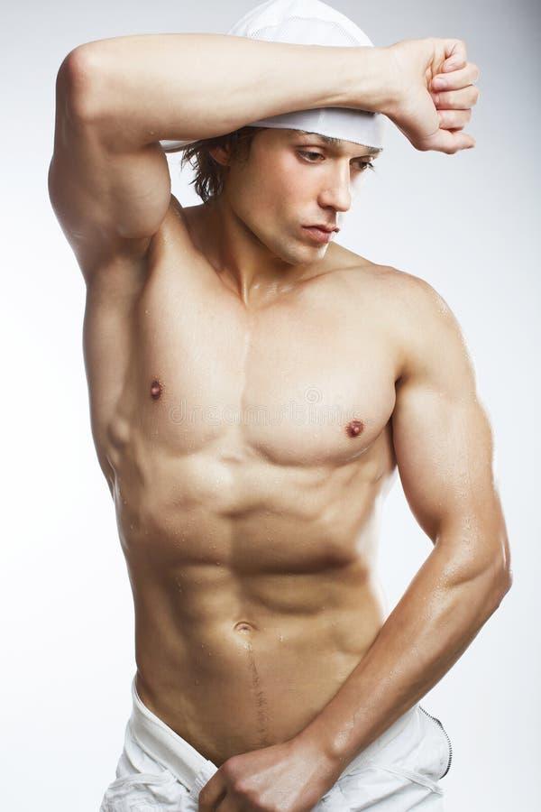 健康人肌肉年轻人 免版税库存图片