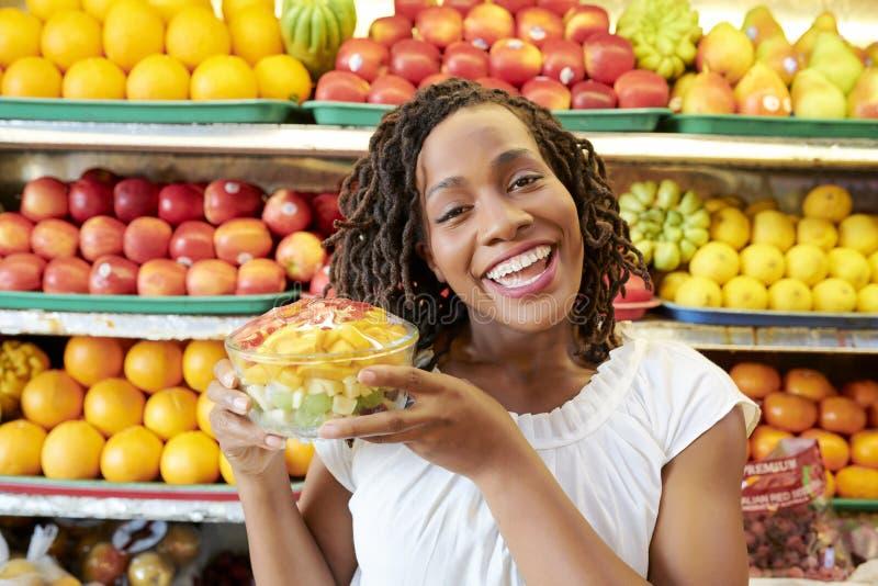 健康吃的买的果子 图库摄影