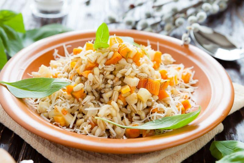 健康和秀丽的,大麦米粥 图库摄影