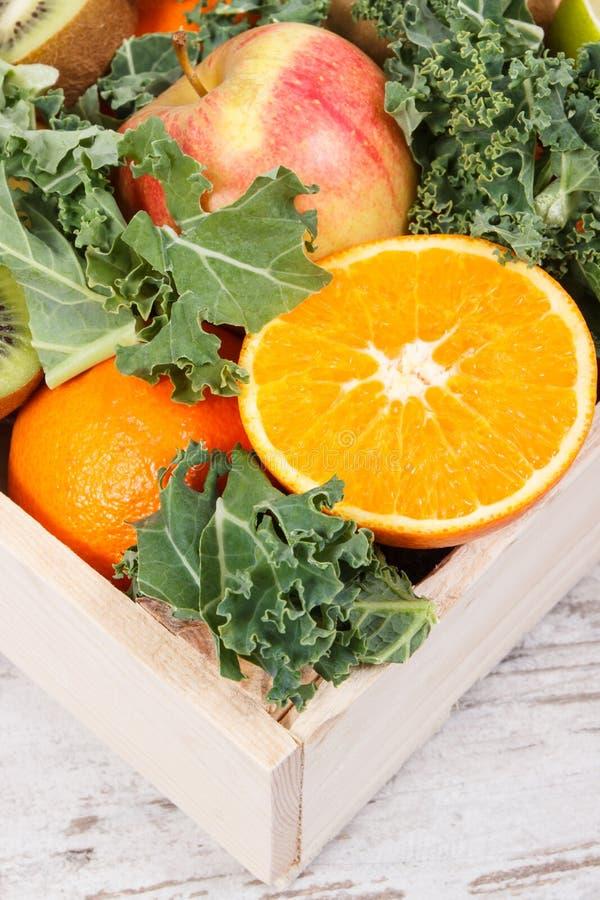 健康水果和蔬菜当来源维生素 减肥和滋补点心概念 库存图片