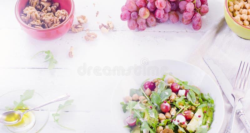 健康沙拉用鸡豆 库存照片
