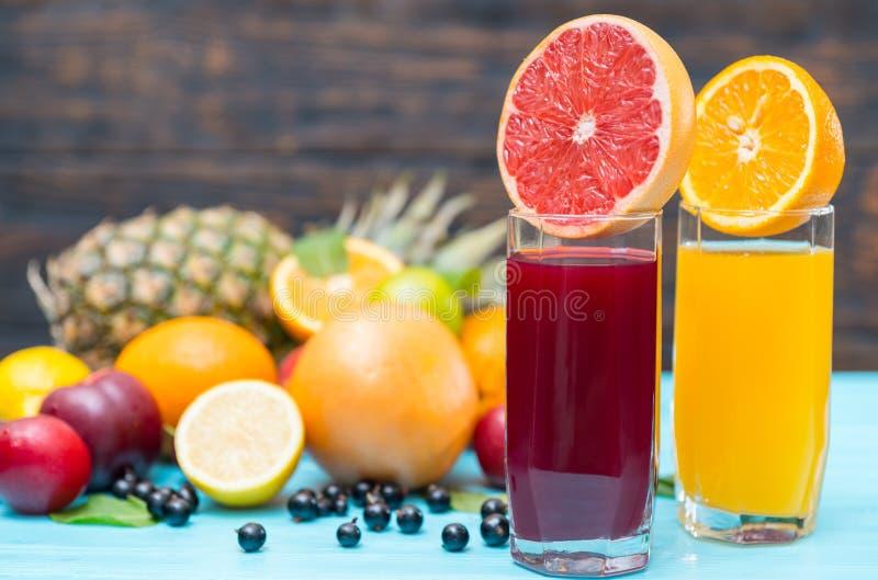 健康热带水果混合或汁 免版税库存图片